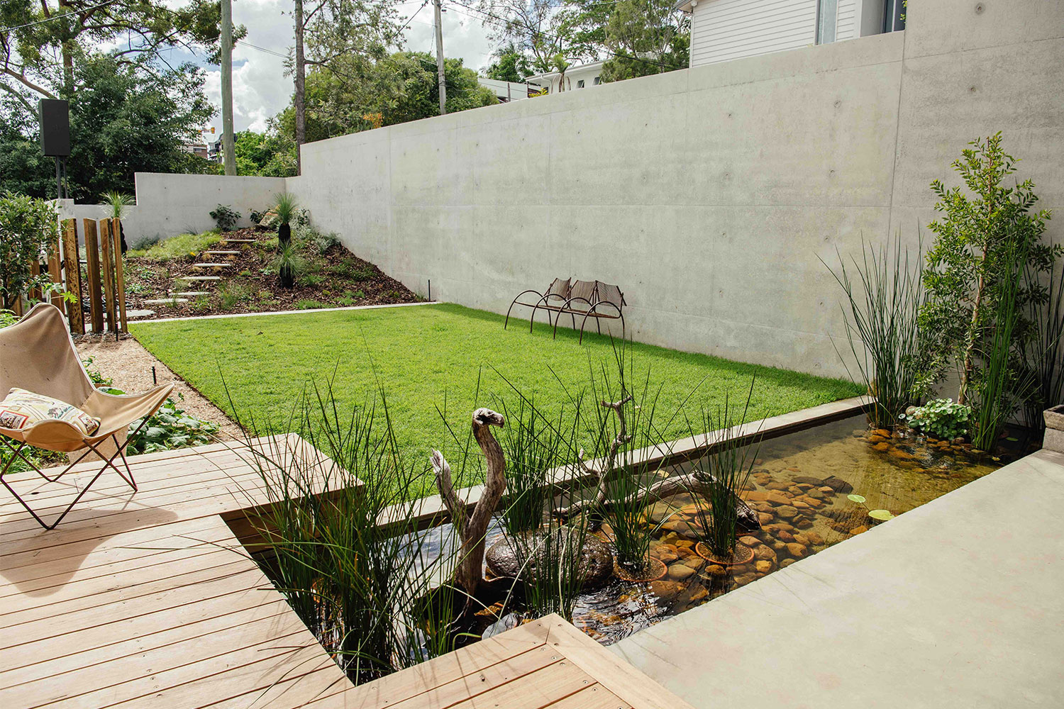 Image of backyard landscape design in Highgate Hill